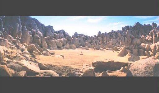 Aquí donde lo véis por este pedregal pasará el AVE y no tiene na que ver que los terrenos estén a nombre de la familia Aguirre, ¿eh?