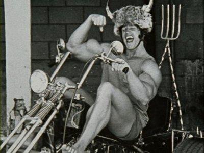Arnoldo con el quitamultas de Krom.